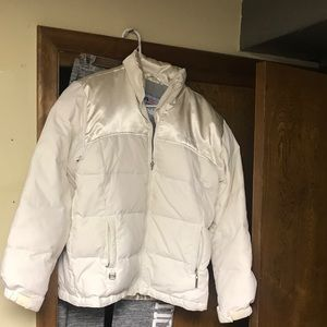 Sz large white coat by Free Country, great cond